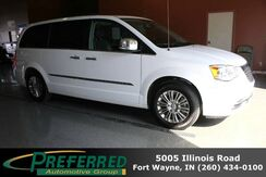 2015_Chrysler_Town & Country_Touring-L_ Fort Wayne Auburn and Kendallville IN