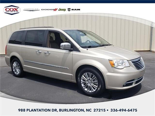 2015 Chrysler Town and Country Touring-L Front-wheel Drive LWB Passenger Van