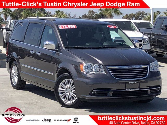 2015 Chrysler Town & Country Touring-L Tustin CA