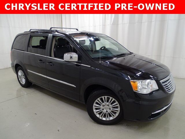 2015 Chrysler Town & Country Touring-L Raleigh NC
