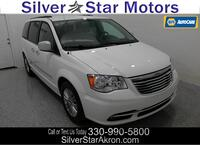 Chrysler Town & Country Touring-L Tallmadge OH