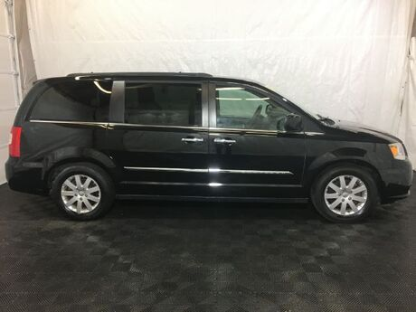 2015 Chrysler Town & Country Touring Middletown OH