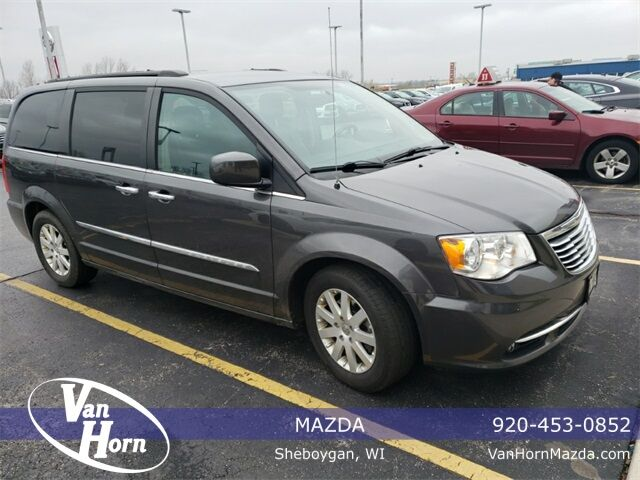 2015 Chrysler Town and Country Touring Milwaukee WI