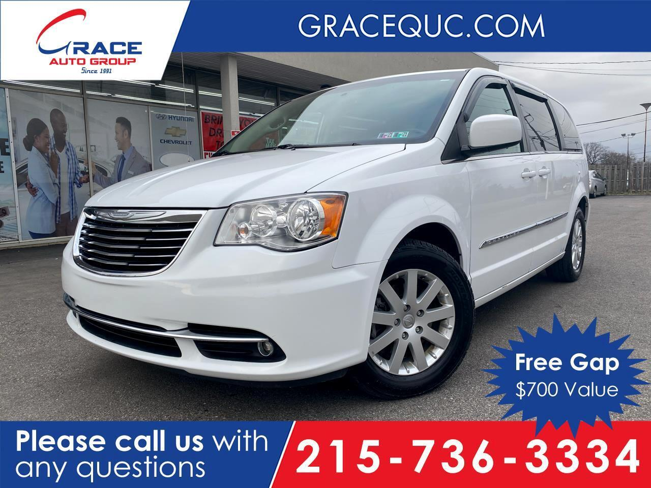 2015 Chrysler Town & Country Touring Morrisville PA