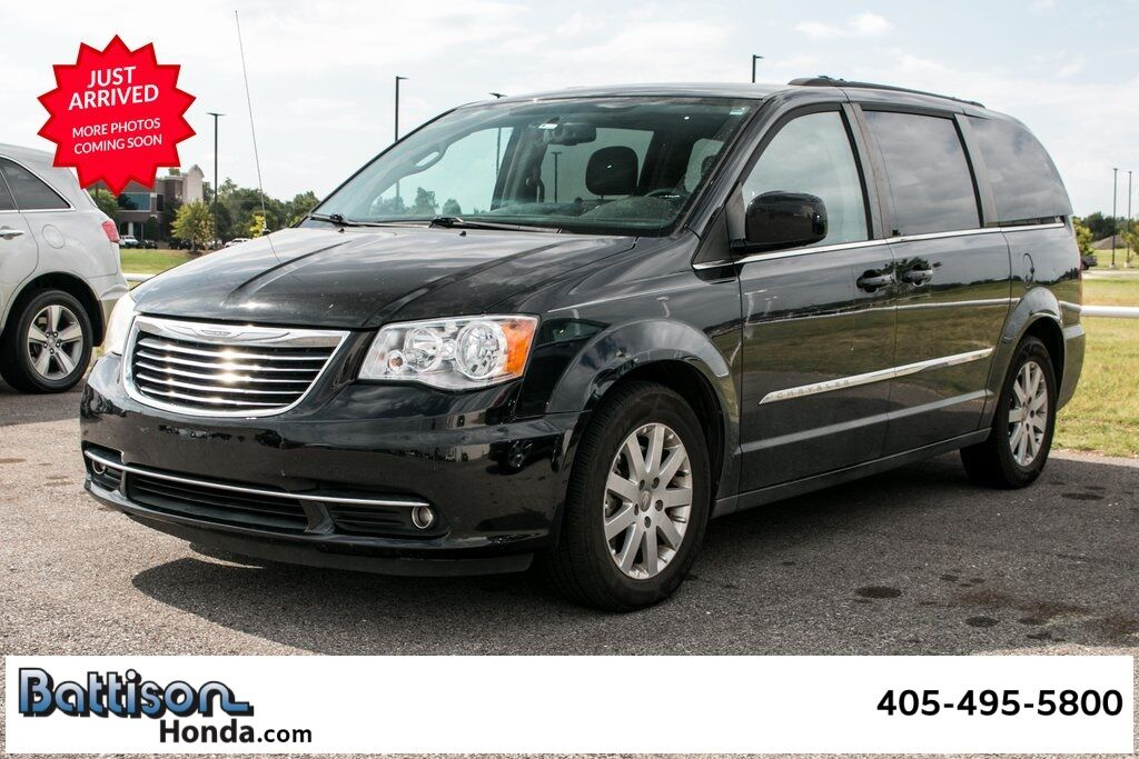 2015_Chrysler_Town & Country_Touring_ Oklahoma City OK