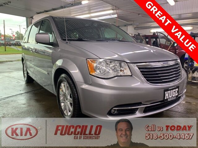 2015 Chrysler Town & Country Touring Schenectady NY