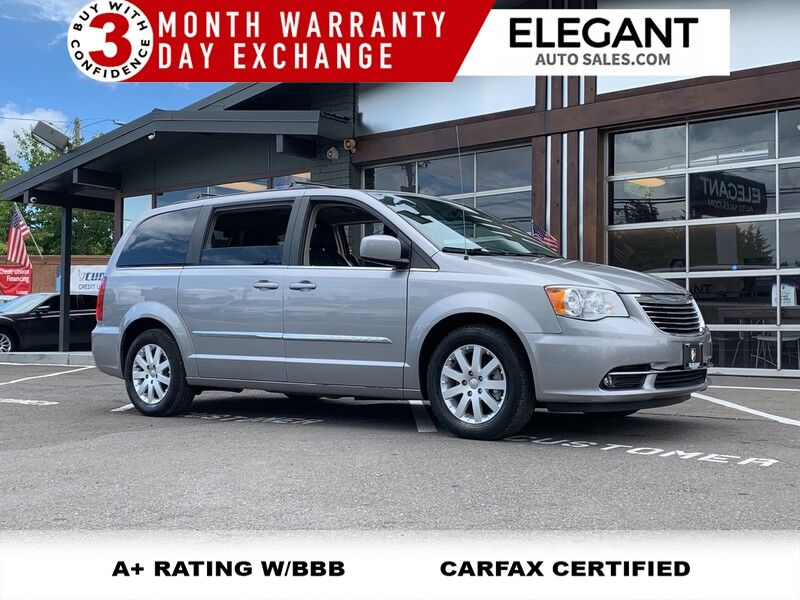 2015 Chrysler Town & Country Touring loaded DVD PW DOORS SUPER CLEAN