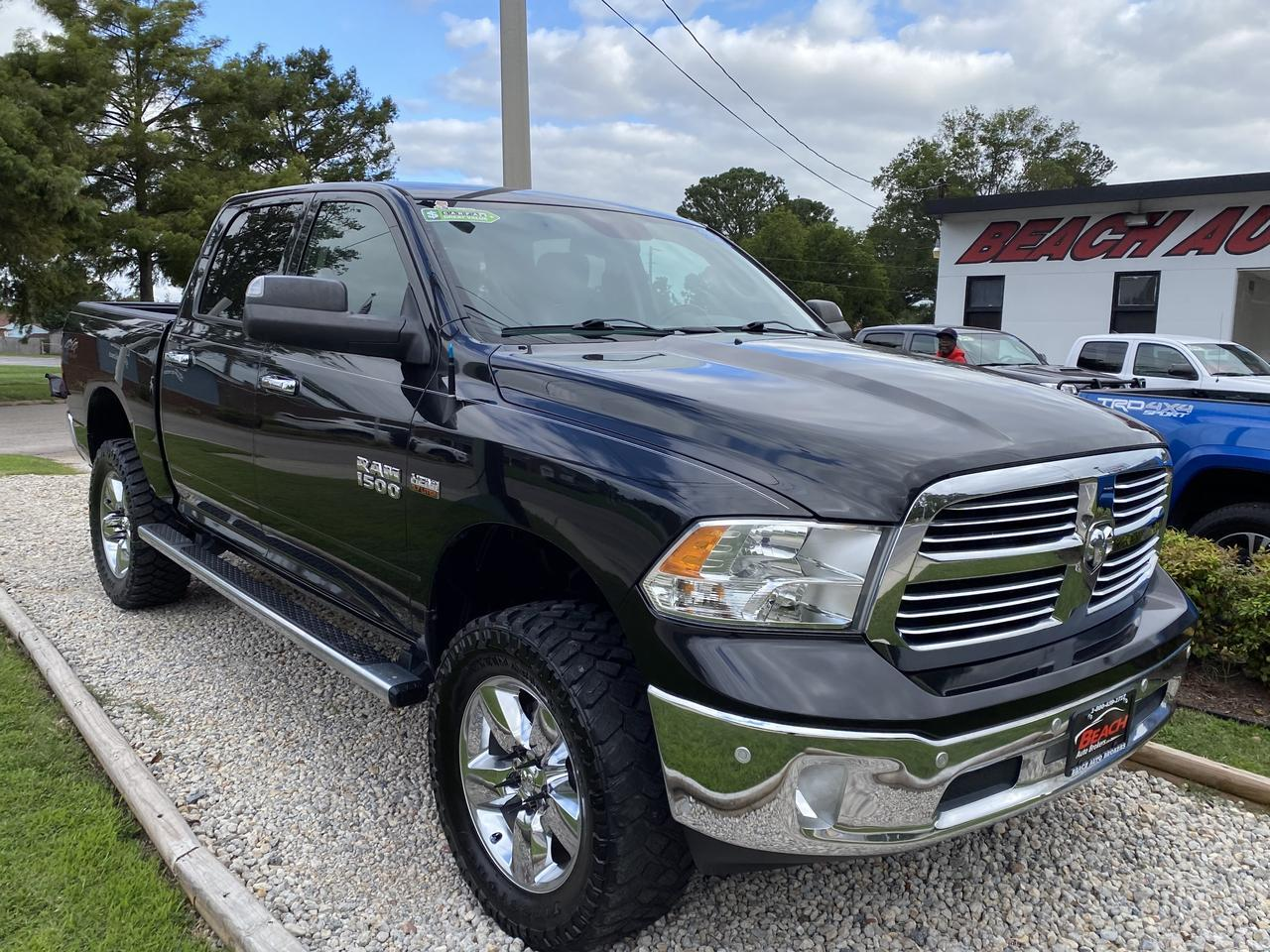 2015 DODGE RAM 1500 BIG HORN CREW CAB 4X4, WARRANTY, NAV, HEATED SEATS, HEATED STEERING WHEEL, REMOTE START, CLEAN! Norfolk VA
