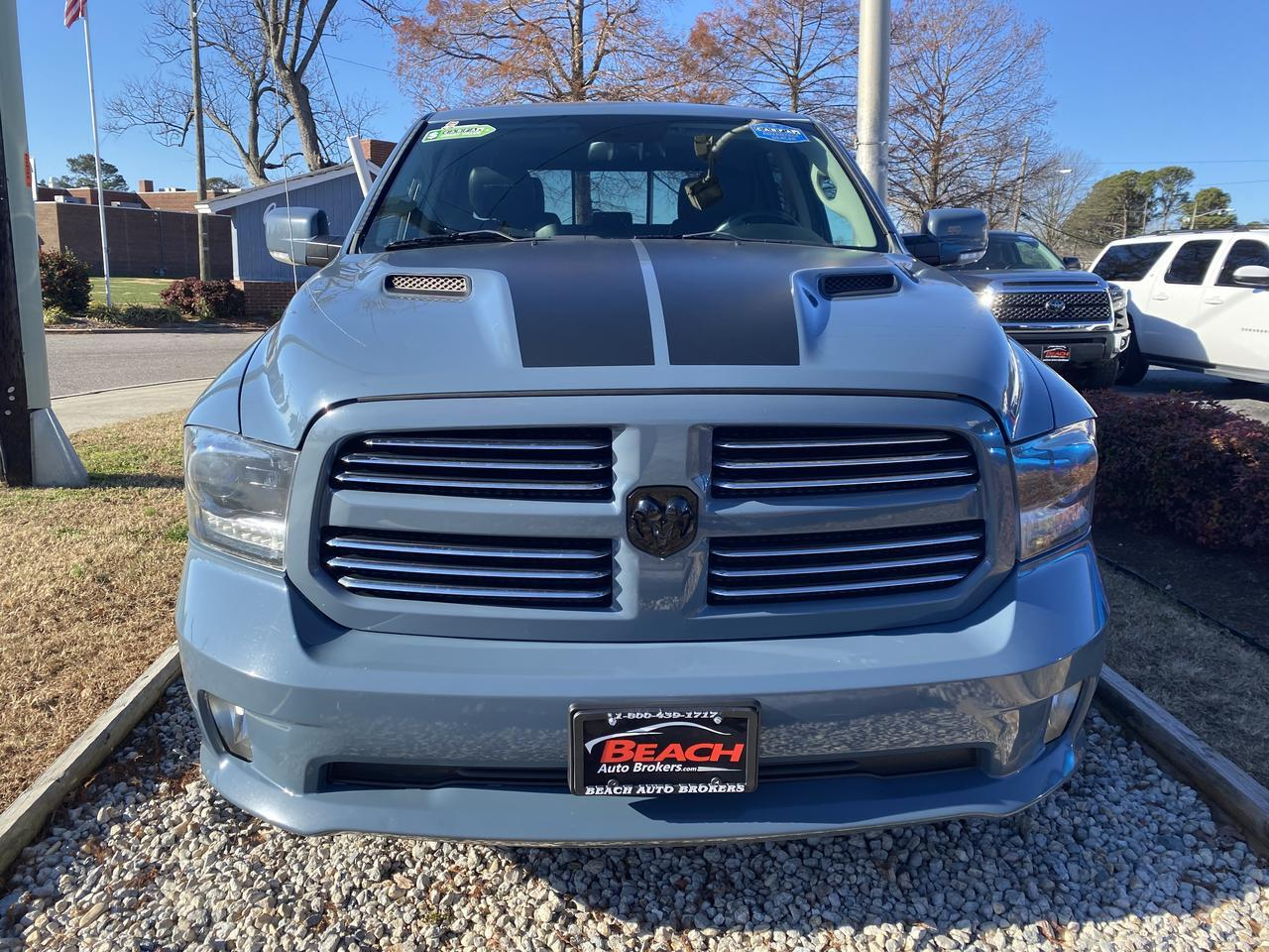 2015 DODGE RAM 1500 SPORT CREW CAB 4X4, WARRANTY, LEATHER, NAV, HEATED SEATS,  SUNROOF,  AUX/USB PORT, RARE COLOR! Norfolk VA