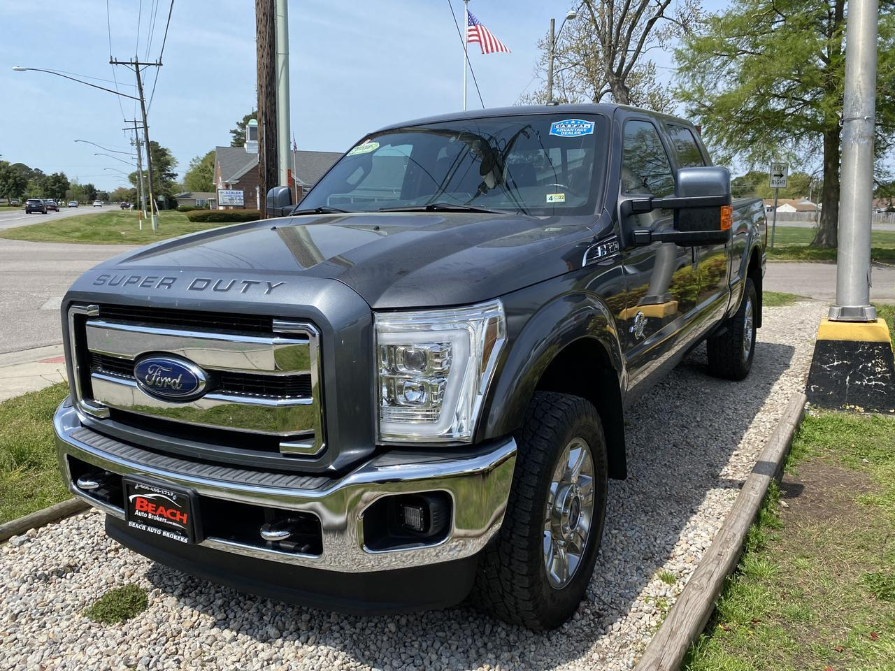 2015 FORD F-350 LARIAT CREW CAB 4X4, WARRANTY, LEATHER, NAV, HEATED/COOLED SEATS, SUNROOF, CLEAN CARFAX! Norfolk VA