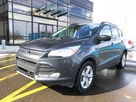2015_Ford_Escape_SE AWD ~ 2.0 Liter EcoBoost ~ Dual Exhaust ~ Easy Financing ~ Low Payments_ Sherwood Park AB