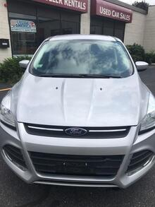 2015_Ford_Escape_SE_ Waltham MA