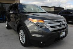 2015_Ford_Explorer_XLT - 1 Owner Clean CarFax Navigation_ Houston TX