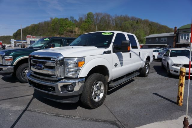 2015 Ford F-250 SD XLT Crew Cab 4WD Schuylkill Haven PA