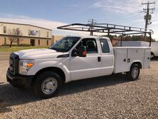 Ford F-250 XL SuperCab Reading Service Truck XL 2015