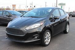 2015_Ford_Fiesta_SE_ Fort Wayne Auburn and Kendallville IN