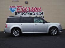 2015_Ford_Flex_SE_ Middletown OH