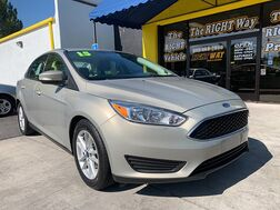 2015_Ford_Focus_4d Sedan SE_ Albuquerque NM