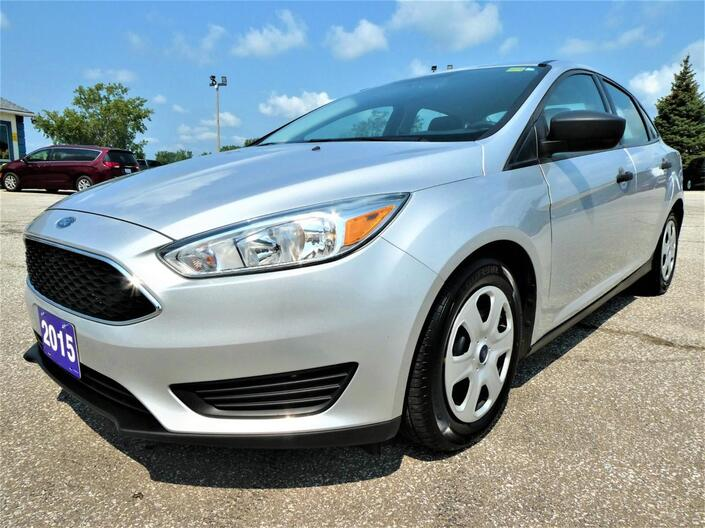 2015 Ford Focus S Bluetooth Back Up Cam Essex ON