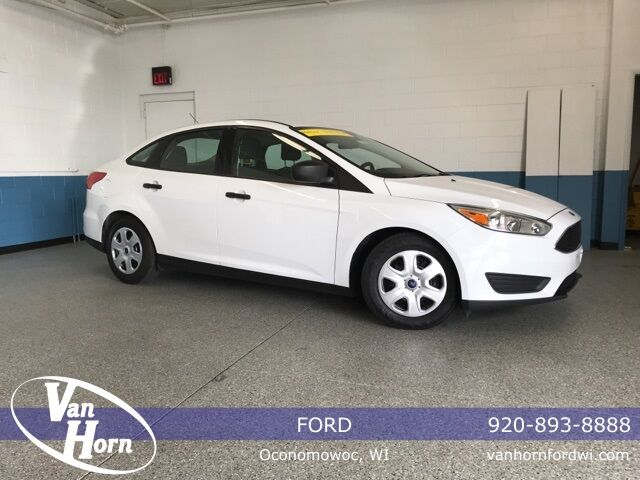 2015 Ford Focus S Plymouth WI
