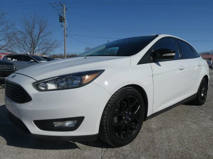 2015 Ford Focus SE - BACK UP CAMERA - BLUETOOTH - AMBIENT LIGHTING Essex ON