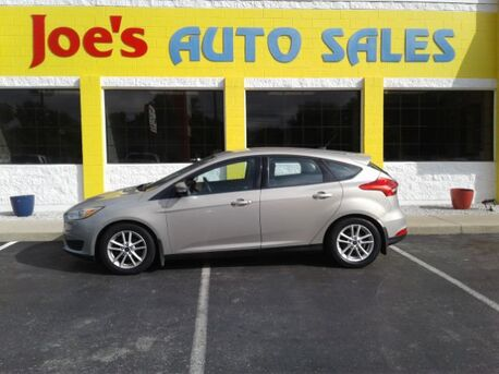 2015_Ford_Focus_SE Hatch_ Indianapolis IN