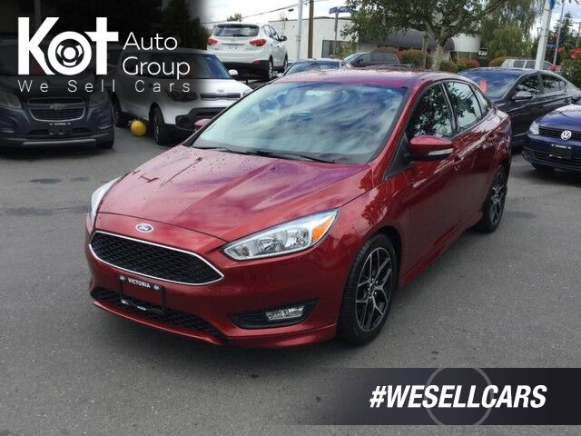 2015 Ford Focus SE Sedan Auto Keyless Entry! Backup camera Victoria BC