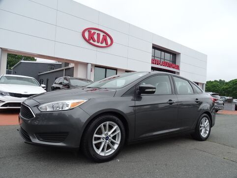 2015_Ford_Focus_SE_ Swansea MA