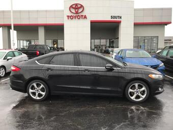 2015_Ford_Fusion_4dr Sdn SE FWD_ Richmond KY