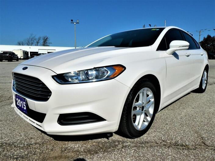 2015 Ford Fusion SE 2.5L | Back Up Cam | Heated Seats Essex ON