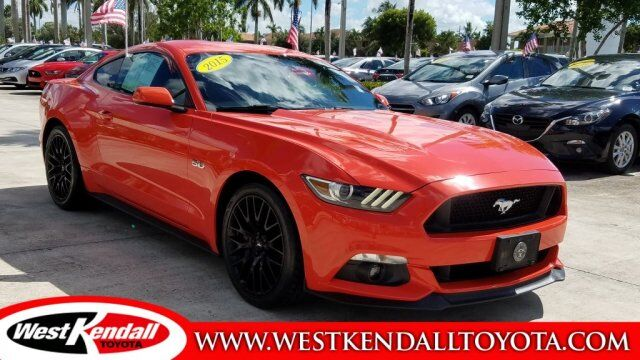 2015_Ford_Mustang_GT_ Miami FL