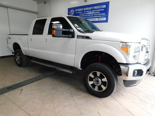 2015 Ford Super Duty F-250 SRW LARIAT CREW CAB 4WD LEATHER NAVI SUNROOF Listowel ON