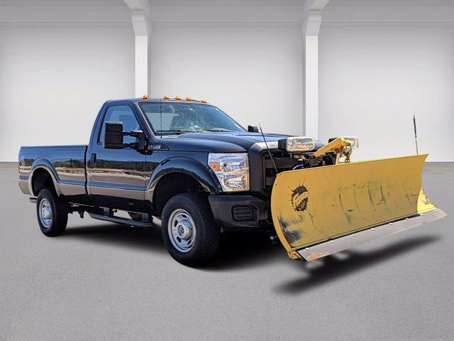 2015 Ford Super Duty F-350 SRW Regular Cab XL 4WD With Plow Plymouth MA
