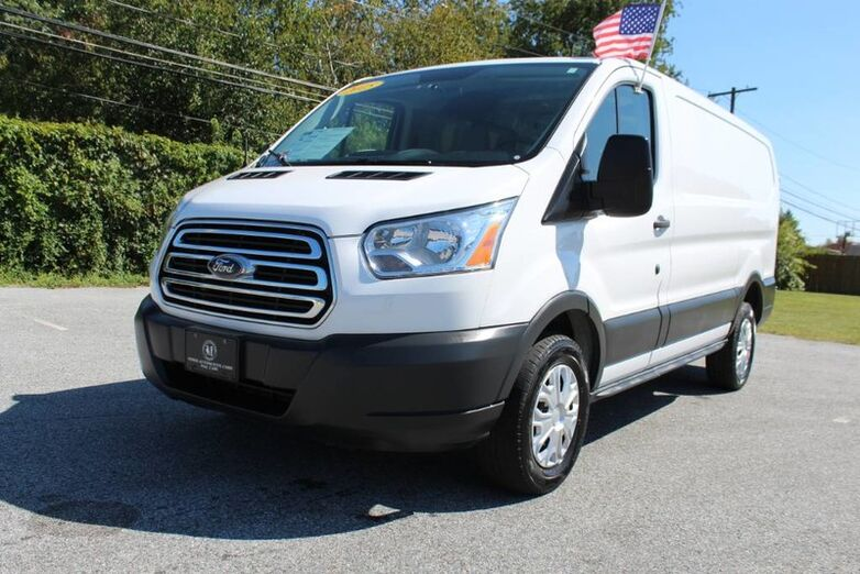 2015 Ford T-250 Transit Cargo Van  New Castle DE
