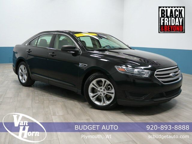 2015 Ford Taurus SE Plymouth WI