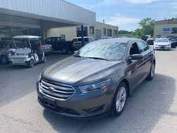 2015_Ford_Taurus_SEL FWD_ Cleveland OH