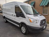 Ford Transit 250 Van Med. Roof w/Sliding Pass. 148-in. WB 2015