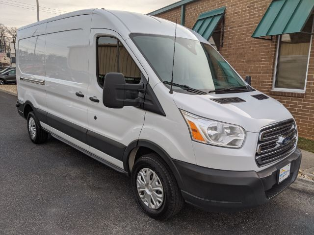 2015 Ford Transit 250 Van Med. Roof w/Sliding Pass. 148-in. WB Knoxville TN