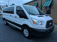 2015_Ford_Transit_350 Wagon Low Roof XLT 60/40 Pass. 148-in. WB_ Knoxville TN