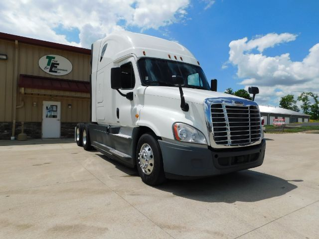 2015 Freightliner Evolution -