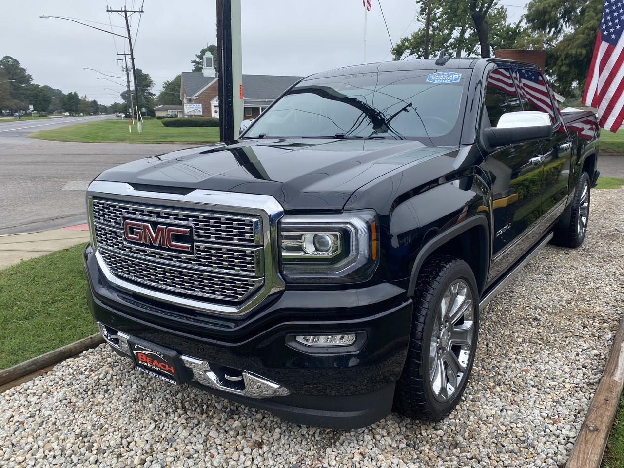 2015 GMC SIERRA 1500 DENALI CREW CAB 4X4, WARRANTY, LEATHER, SUNROOF, NAV, HEATED SEATS, POWER RUNNING BOARDS,CLEAN! Norfolk VA