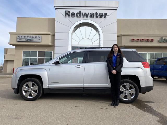 2015 GMC Terrain SLE - AWD - SUV - 2.4L Engine - Great On Gas - Clean Carfax Redwater AB