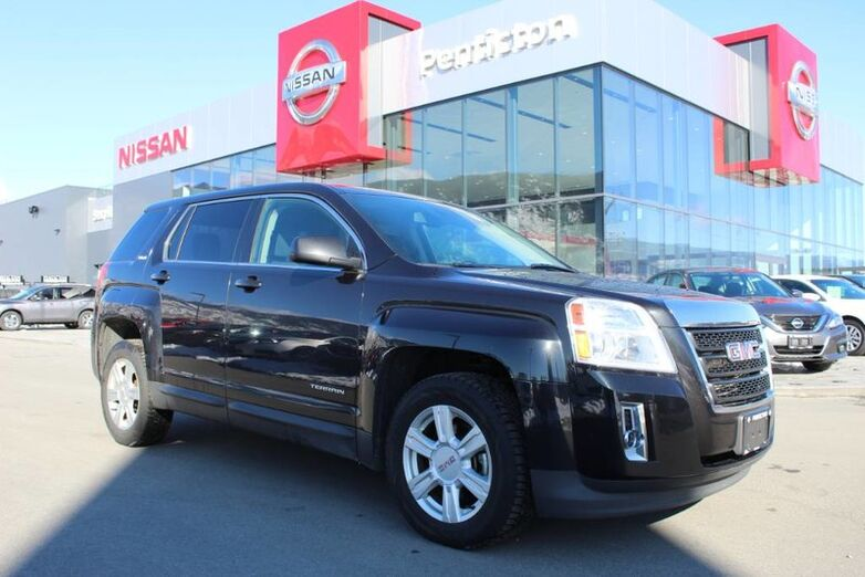 2015 GMC Terrain SLE, FWD, w/ Carbon Black Metallic Exterior and Satellite Radio Penticton BC