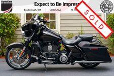 2015 Harley-Davidson FLHXSE CVO