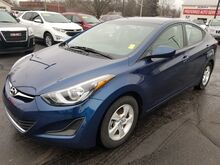 2015_Hyundai_Elantra_SE_ Fort Wayne Auburn and Kendallville IN