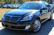 2015 Hyundai Equus ** FULLY LOADED ** - w/ NAVIGATION & LEATHER SEATS