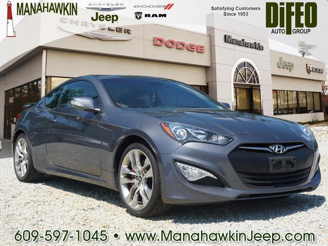 2015 Hyundai Genesis Coupe 2dr 3.8L Auto Ultimate w/Tan Seats