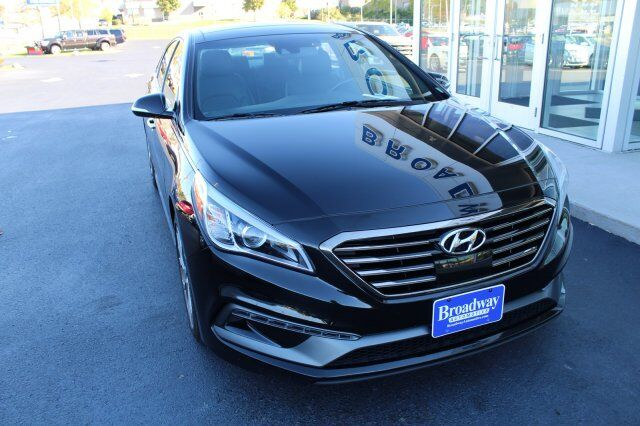 2015 Hyundai Sonata 2.0T Limited Green Bay WI