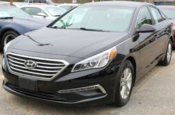 Hyundai Sonata 2.4L Sport - w/ BACK UP CAMERA 2015