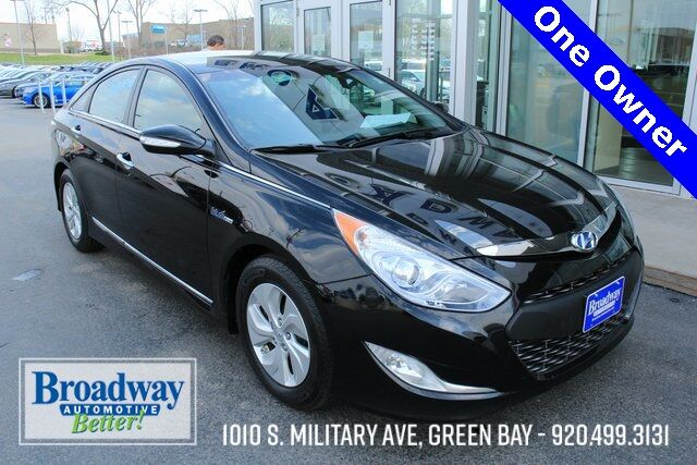 2015 Hyundai Sonata Hybrid Base Green Bay WI